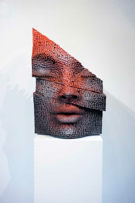 Builder   Pixelated Wood   48x50x72cm   Gil Bruvel