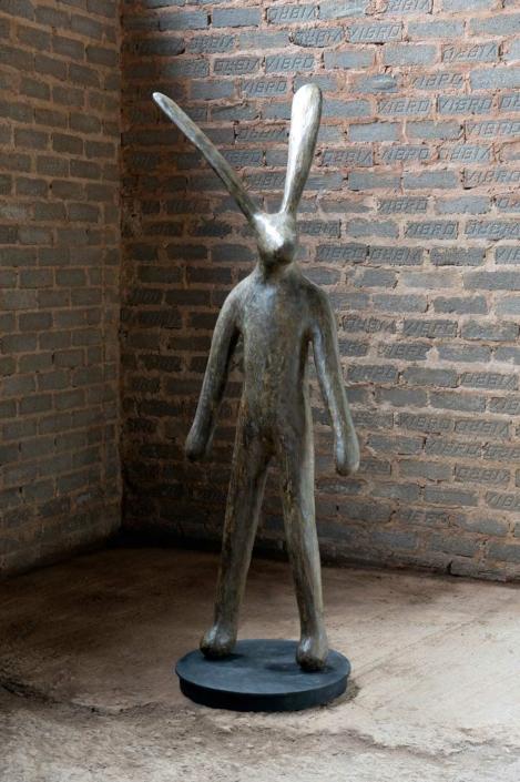 Traveller A (on 2 feet) | Bronze | 172x50x50 | Guy Du Toit