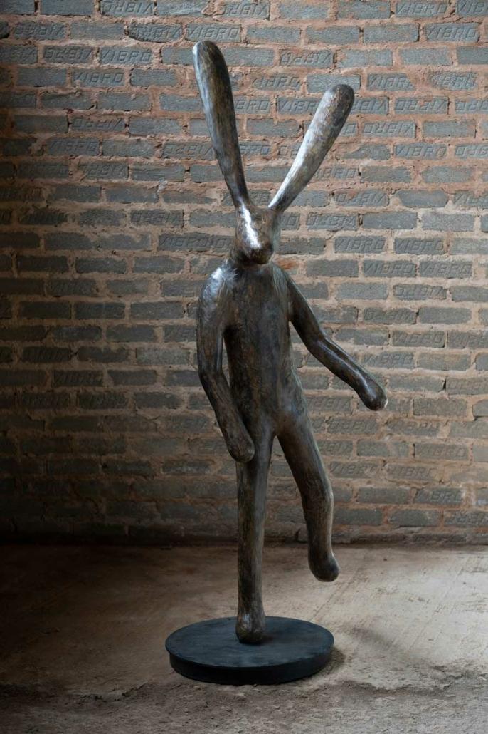 Traveller B (on 1 foot) | Bronze | 165x57x50 | Guy Du Toit